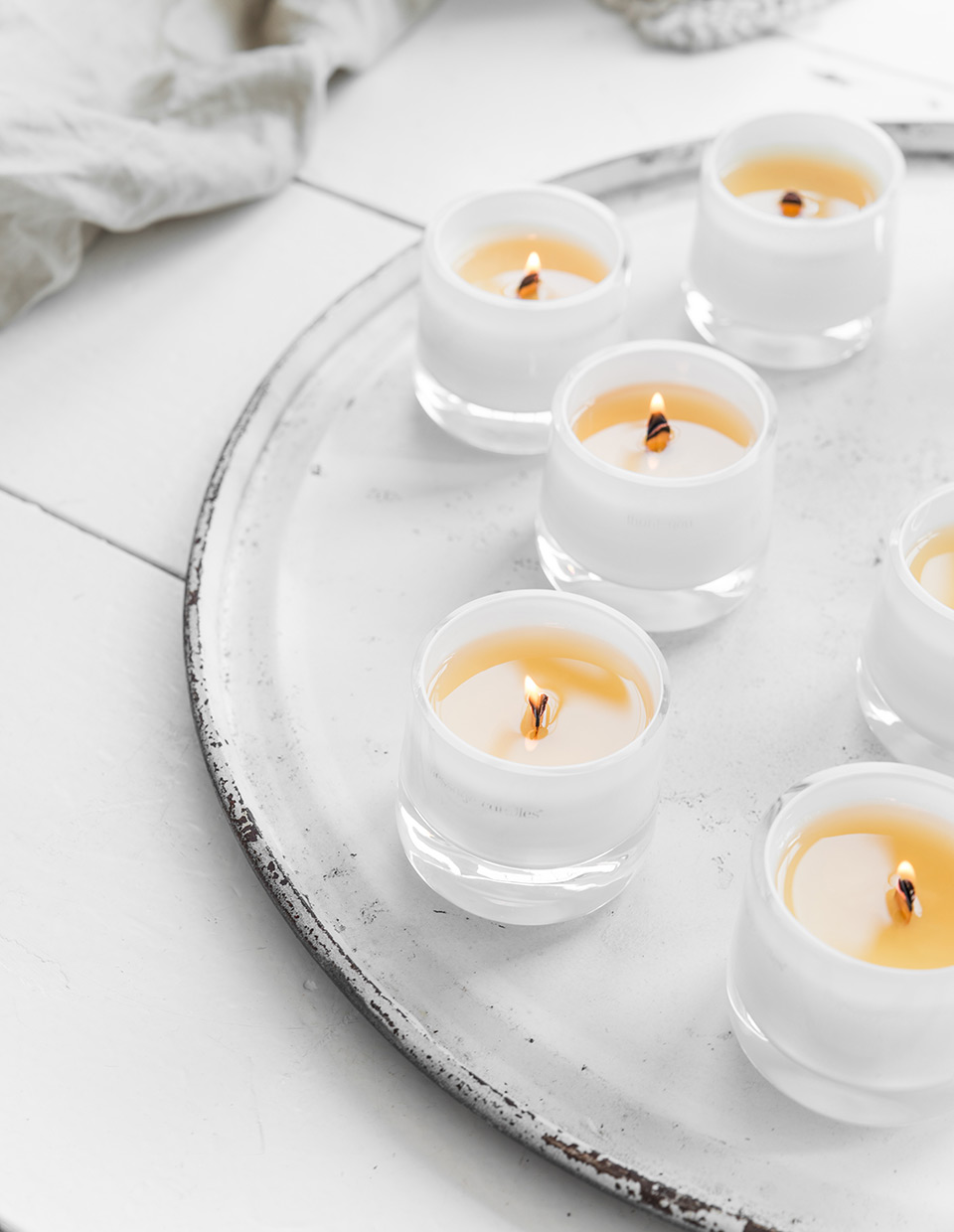 Message candles for brands studio for Different brands of candles